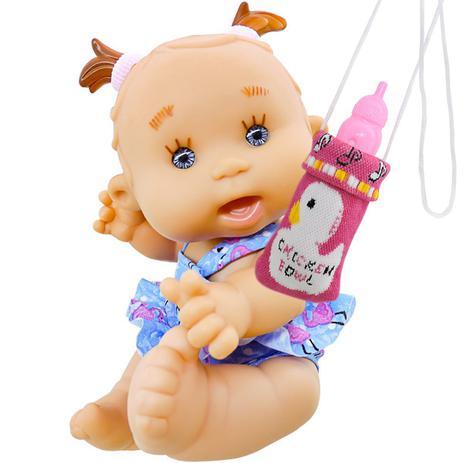 9c826e48b6 Boneca Bebê Faz Xixi com acessórios e Bolsinha de Mamadeira - Super toys