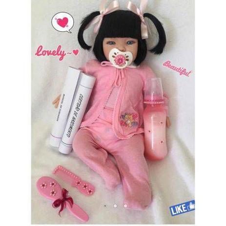 Imagem de Boneca Bebê Reborn Menina Realista com 16 Acessórios