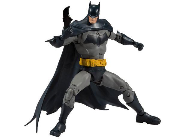 Imagem de Boneco Batman Modern 18cm com Acessórios