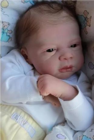 Imagem de Boneco bebê Reborn David molde importado autentico