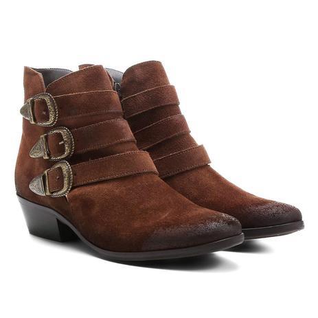 3f3dc7247 Bota Couro Cano Curto Shoestock Fivelas - Bota Feminina ...