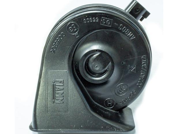 Imagem de Buzina Eletrônica Caracol Universal Agudo 12 Volts 2 Terminais para Carros Motos Caminhões - Fiamm - AM80H