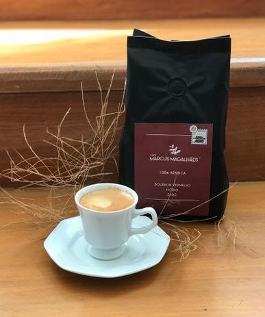 Imagem de Café Marcus Magalhães Torrado e Moído Bourbon Vermelho 250 G - MM Cafés -