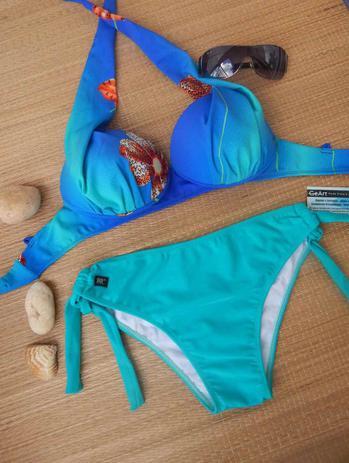 f5db97152 Conjunto Biquíni Plus Size Sutiã Bojo Tomara Que Caia Com Fivela E Calcinha  Fru-Fruzão Cor Azul Claro - Tamanho XG - Qonda
