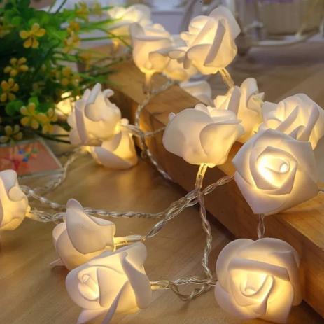 Imagem de Cordão 20 Rosas com LEDs Warm (luz amarela) 3m a Pilha