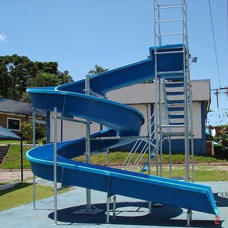 Imagem de Escorregador toboágua de 16 m com 2 lances de escadas para piscina