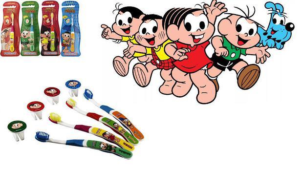 Imagem de Escova dental Infantil Cerdas Macias com Capa Protetora A Turma da Mônica - Mônica