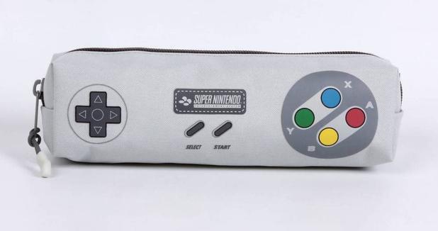 848c417589b Estojo Escolar Simples Super Nintendo 11545 - DMW - Estojo escolar ...