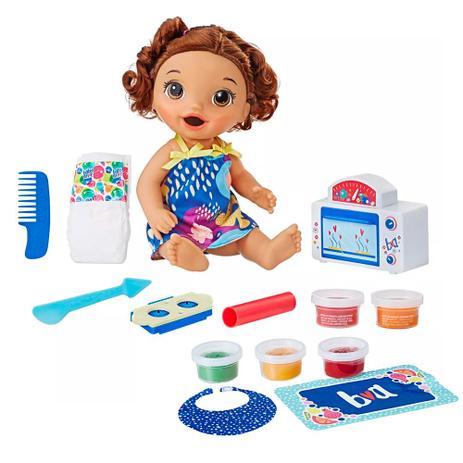 c21023f74e Kit Boneca Baby Alive e Acessórios - Meu Forninho e Comidinhas - Morena -  E2098 - Hasbro