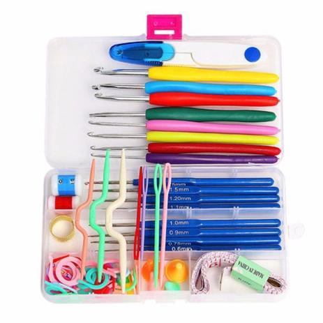Imagem de Kit com acessórios para crochê e 16 agulhas