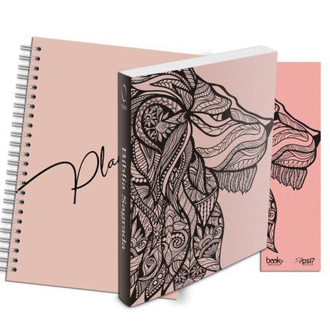 Imagem de Kit Leão Rosa - Planner Capa Lisa + Bíblia Brochura NAA + Marca Página