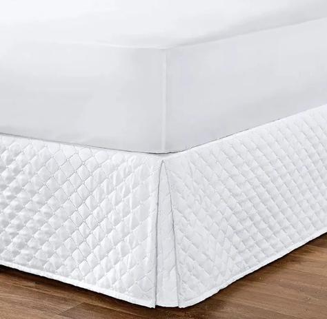 Imagem de Kit Saia Box Para Cama Queen + Protetor De Colchão Impermeável Branco