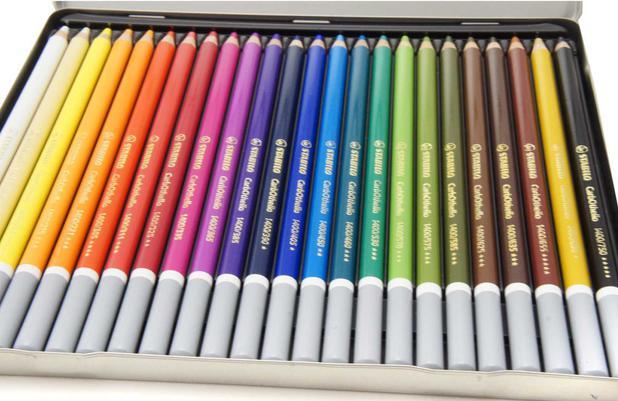 a331a2835f Lápis Carvão Carbothello Estojo com 24 cores Stabilo - Lápis de Cor ...