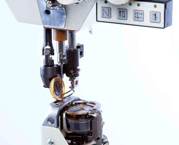 d1ae1fb6ce13c Máquina Costura Industrial Coluna 1 Agulha Eletrônica SST-8812BL-7-GW Sun  Special