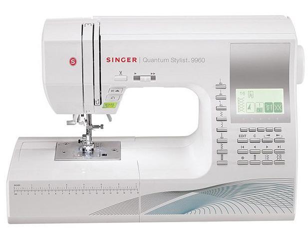 Máquina de Costura Singer Quantum Stylist 9960 - 138 Ponto com Mesa Extensora e Visor LCD