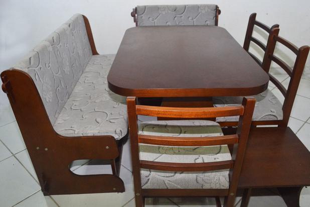 Mesa De Canto Guarujá Com 3 Cadeiras Scholl Móveis Para Cozinha