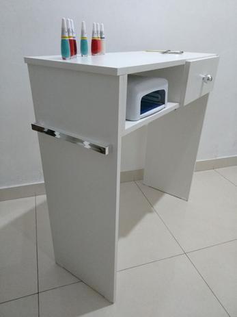 d5d10c2f7744f Mesa P  Manicure Com 1 Gaveta Com alças cromadas - Virtude móveis ...