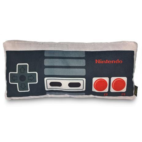 29275388f NESPillow  Almofada Gamer 3D Controle Videogame NES Geek Nerd - Camaleão  preto