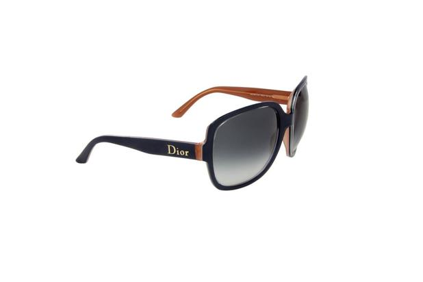 b8666e8e6cb5c Óculos de Sol Christian Dior 100 Proteção U.V. Melani Cinza - Óculos ...