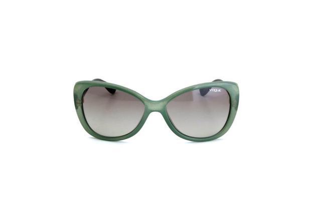 8b2146a17 Menor preço em Oculos de Sol Feminino Vogue Policarbonato Degradê Cinza