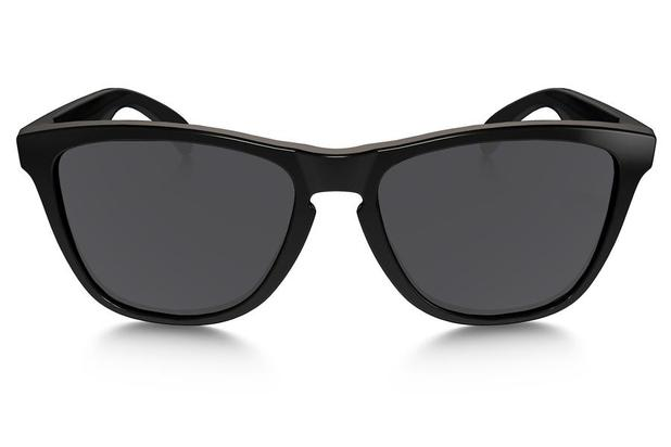 9cb9d3532 Óculos de Sol Oakley Frogskins OO9013 24-306/55 Preto Brilhante ...