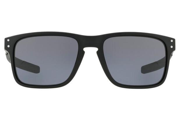 Óculos de Sol Oakley Holbrook Mix 0OO9384 01 57 Preto Fosco Lente Cinza 6c66387ba2