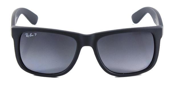 d33b95215199a Óculos de Sol Ray Ban Justin RB4165 Preto Fosco Lentes Polarizadas Tam 54 -  Ray-ban