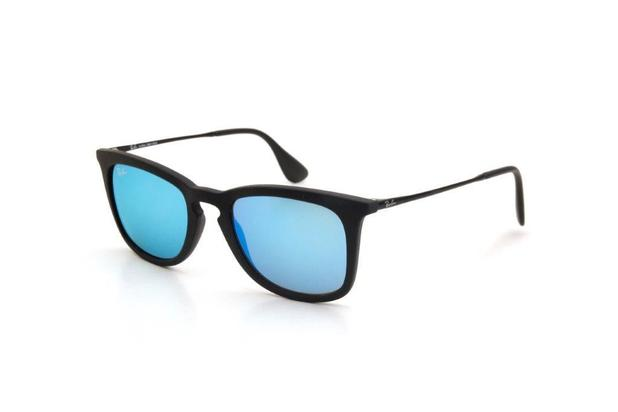 b5e8f86a32bff Óculos de Sol Ray Ban Masculino Proteção UV Preto - Ray-ban