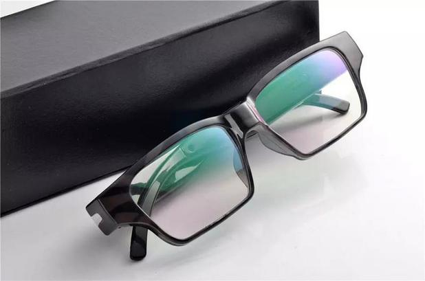 feb0deb40 Óculos Espião com mini Camera escondida para Foto e Filmagem 32Gb - Empório  forte