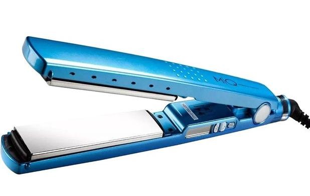 Imagem de Prancha bivolt  titanium azul lisa mq hair propria para progressiva