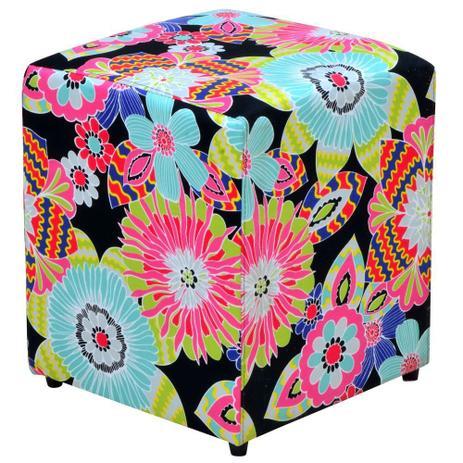 Puff Quadrado Decorativo Tecido Floral Preto - Lymdecor - Puffs ... 52574d34a40