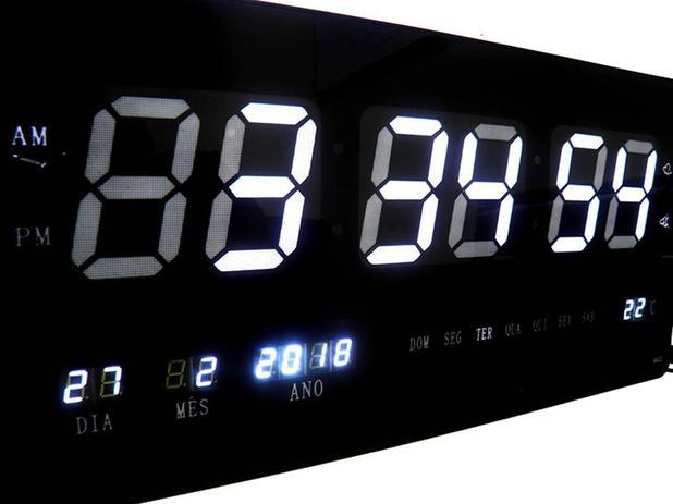 1d48eaebd3d Relogio De Parede Branco Grande De Led Digital Alarme Data (rel-60) - Braslu