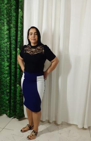 Imagem de Saia Lapis Bruna na cor azul com branco nos tamanho 38