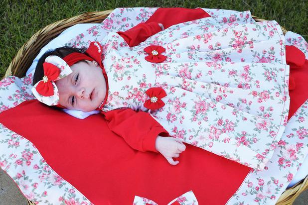 c0f311d33b1d1 Saída de Maternidade Menina Floral Vermelha 05 Peças - Sônia enxovais