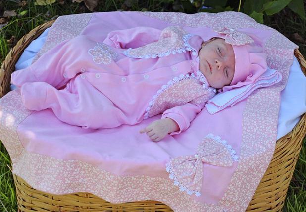 Imagem de Saída de Maternidade Menina Luxo Rosa 05 Peças