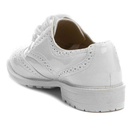 6311d4ac34 Sapato Feminino Oxford Verniz Branco Tratorado - Facinelli ...
