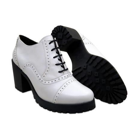 3d0a0342da Sapato Oxford Feminino QA Enviamix em Couro Branco - Sapato ...