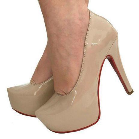 6cd1c86b4 Sapato Scarpin Pata Nude Bege Salto Alto Fino Sola Vermelha - Calçados etc