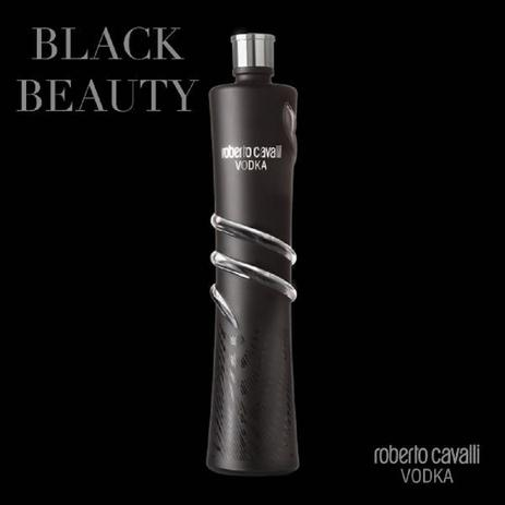 Vodka Roberto Cavalli, Black Limited Edition 1000ml - Bebidas ... e998e1051a