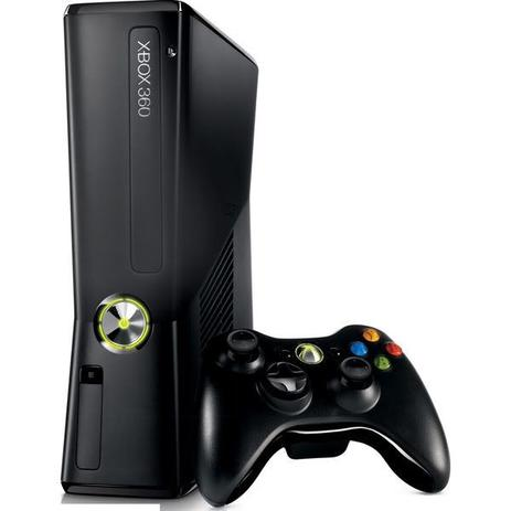 Xbox 360 Slim + 3 jogos - Microsoft