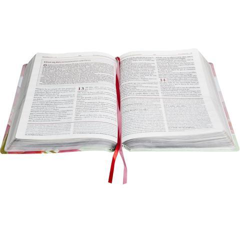 Imagem de A Bíblia da Mulher