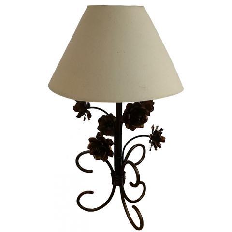 Imagem de Abajur Quarto de Casal Rustico com Flores Colorido Iluminação Simples