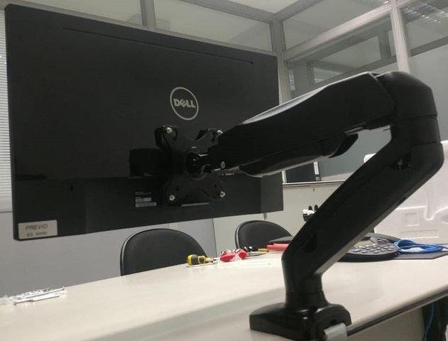 Imagem de Adaptador VESA para Monitores DELL sem Furação ADP-DELL