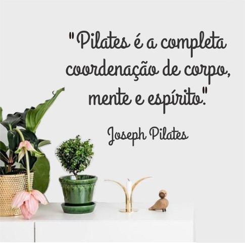 Imagem de Adesivo Decorativo Parede Frase Joseph Pilates Corpo Mente Espírito