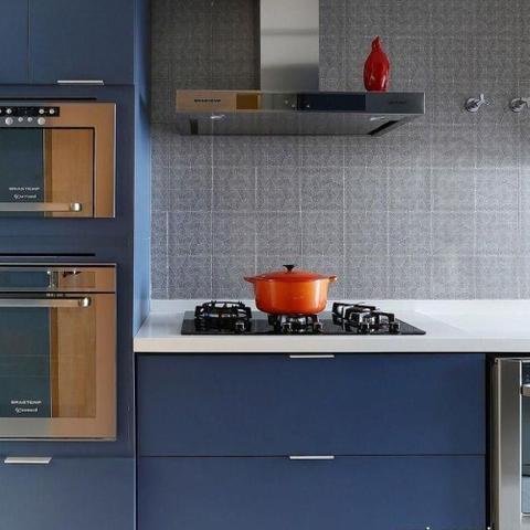 Imagem de Adesivo para Móveis Laca Alto Brilho Blue Metallic 0,61m