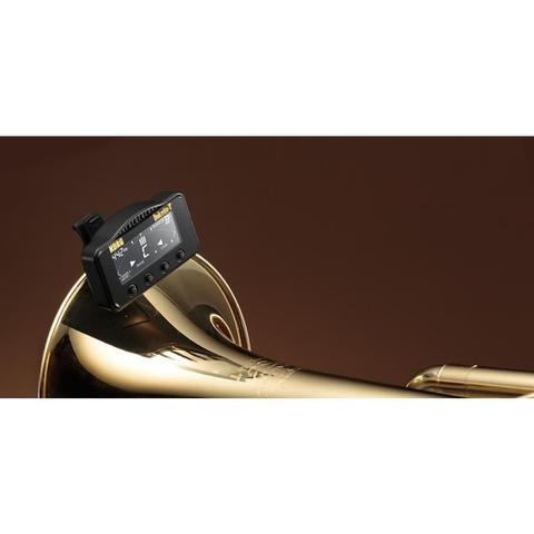 Imagem de Afinador e metrônomo korg aw-3t de clipe dolcetto para trompete e trombone