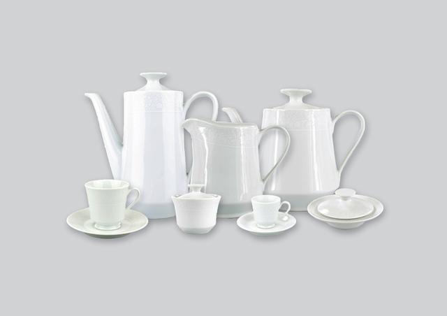 Imagem de Aparelho de Chá e Café Porcelana Schmidt 53 peças - Dec. Noiva