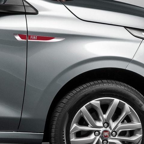 Imagem de Aplique Lateral Fiat Argo Mobi Punto Palio Emblema Cromado