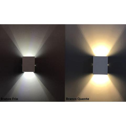 Imagem de Arandela De Parede E Muro Externa 2 Fachos + Lâmpada Led 220V