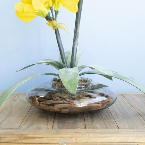 Imagem de Arranjo de Flor Artificial Amarílis Amarelo no Vaso de Vidro  Formosinha